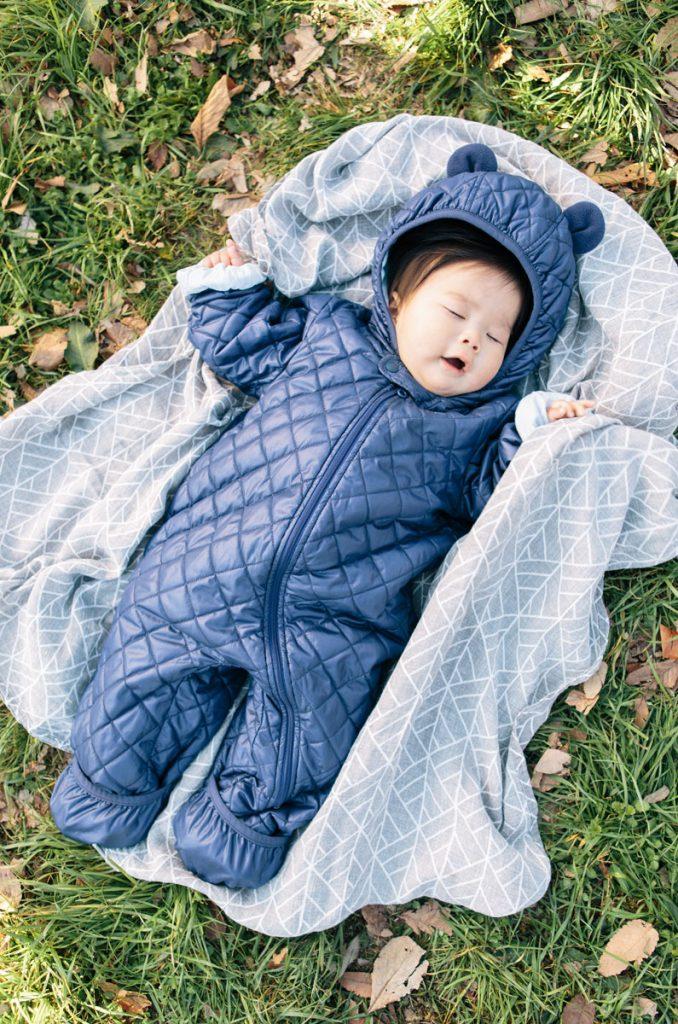 疲れて眠った赤ちゃん