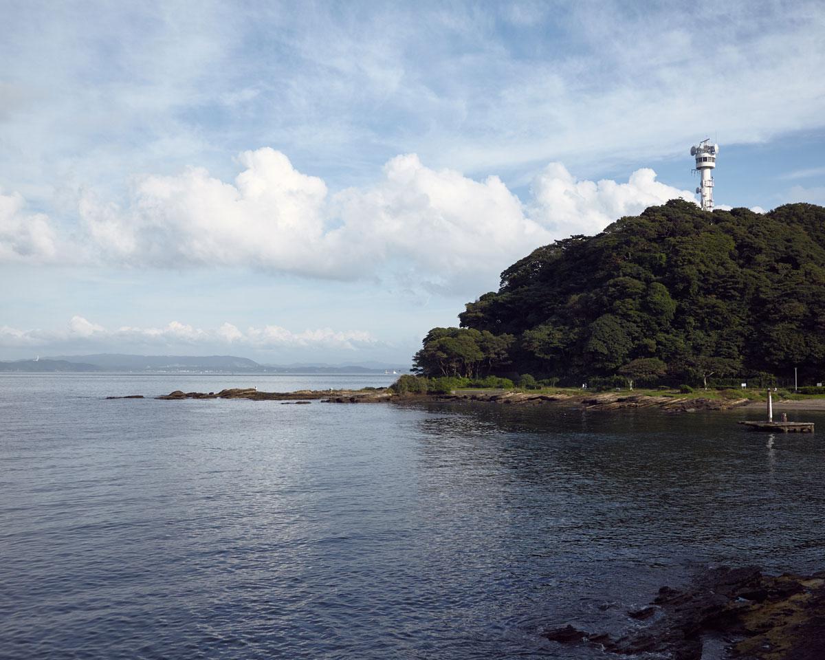横須賀の観音崎灯台と雲